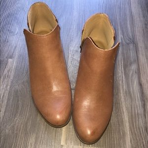 Lucky Brand Brown Leather Ankle Booties Size 9